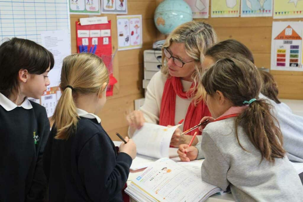 Enseignant bilingue